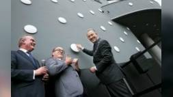 Aboutaleb opent vernieuwd Parkhotel