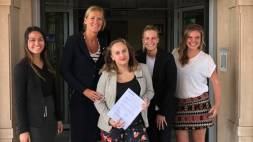 Radisson Blu Palace Hotel steunt stichting Emma At Work