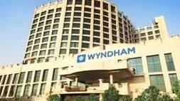 Wyndham zet voet in India